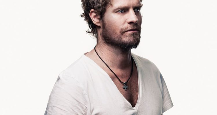 Arno Carstens live at PiliPili Witsand